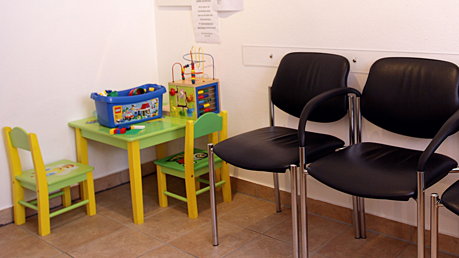 Zahnarztpraxis Sylvia Pahl Wartezimmer